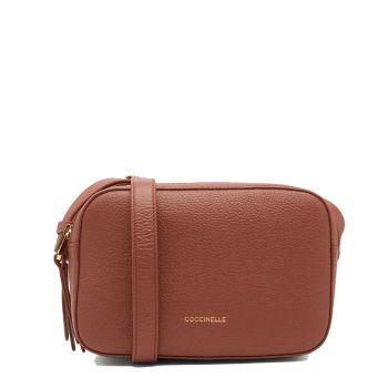 COCCINELLE Lea Line – Small Cinnamon Leather Crossbody Bag