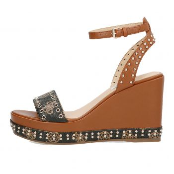 GUESS Noldo Line – Cognac Leather Sandals With Studs For Women